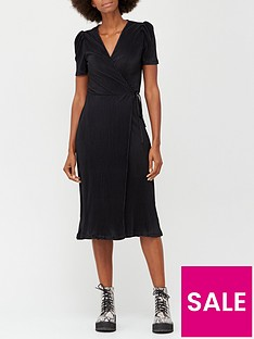 v-by-very-plisse-short-sleeve-wrap-midi-dress-black