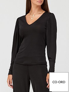 v-by-very-long-sleeve-v-neck-slinky-top-black