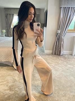 michelle-keegan-colour-block-knit-wide-leg-trousers-blacktan