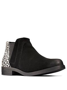 clarks-demi2-beat-chelsea-ankle-boot-black