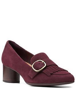 clarks-un-cosmo-go-suede-heeled-shoe-burgundy