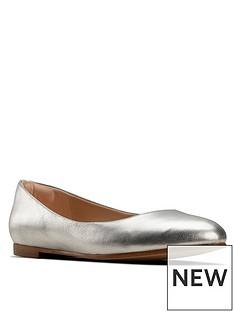 clarks-grace-piper-metallic-ballerina