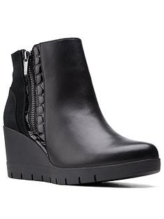clarks-madera-lo-2-wedge-ankle-boot-black-leather