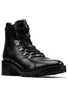 clarks-roseleigh-sky-chunky-block-heel-leather-ankle-boot-black