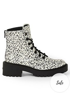 kenzo-pike-lace-up-boots-cream