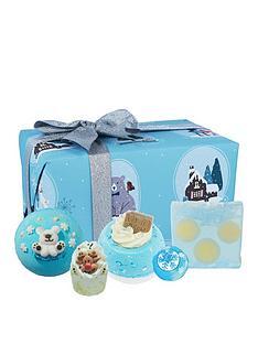 bomb-cosmetics-shake-up-christmas-bath-bomb-gift-set