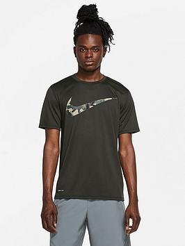 nike-training-camo-swoosh-t-shirt-khaki