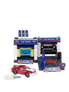 ford-service-station-with-ford-mustang