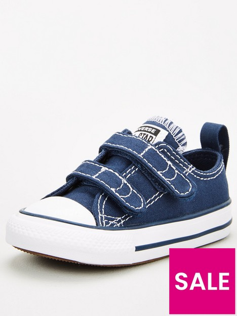 converse-chuck-taylor-all-star-ox-2v-infant-trainers-navywhite