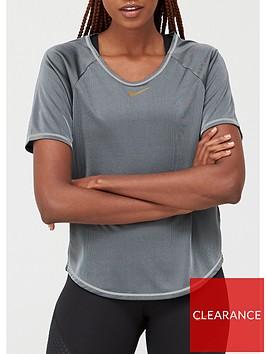 nike-running-icon-clash-t-shirt-grey