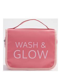wash-amp-glow-travel-wash-bag