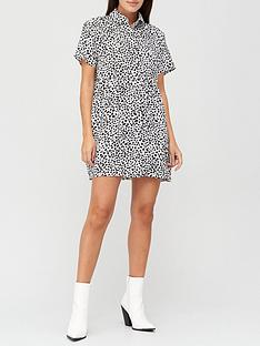 missguided-shirt-smock-dress-dalmatian-white