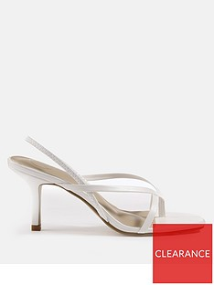 missguided-sling-back-thong-detail-mid-heel-sandals-white