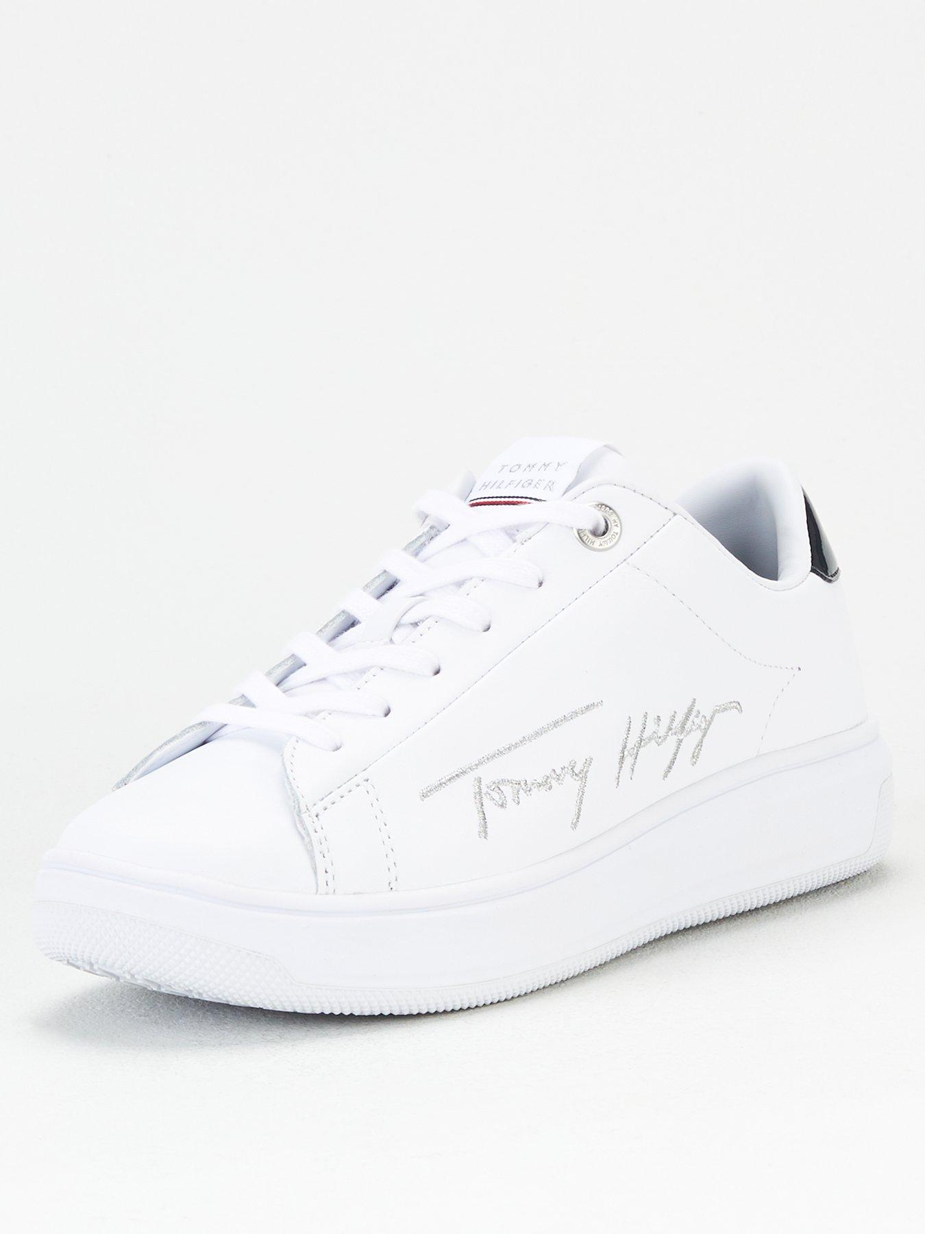 Tommy Hilfiger Signature Leather