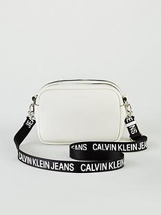 calvin-klein-jeans-double-zip-camera-bag-white