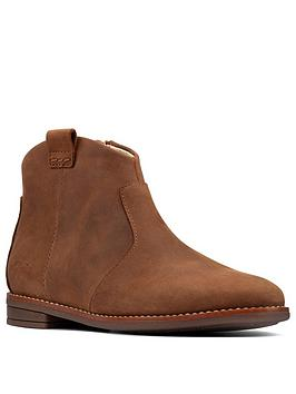 clarks-drew-north-kid-ankle-boot