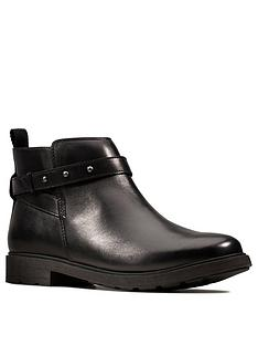 clarks-astrol-soar-youth-ankle-boot-black