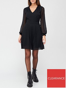 v-by-very-v-neck-pleated-swing-dress-spot