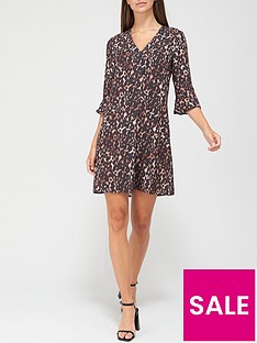 v-by-very-notch-neck-dress-animal-print