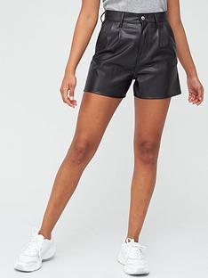 levis-high-rise-faux-leather-shorts-black