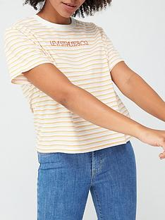 levis-graphic-varsity-t-shirt