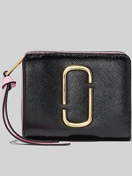 marc-jacobs-mini-compact-purse-black
