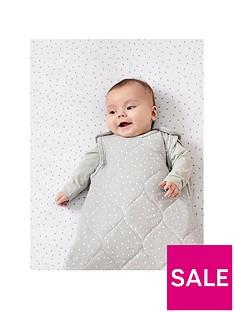 the-little-green-sheep-organic-baby-sleeping-bag-25-tog-0-6nbspmonths