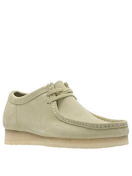 clarks-originals-suede-wallabee-shoes-maple