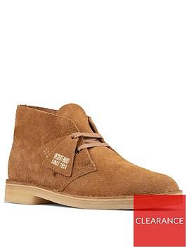 clarks-originals-suede-desert-boots-nutmeg