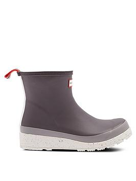 hunter-play-short-speckle-sole-onyx-wellington-boots-grey