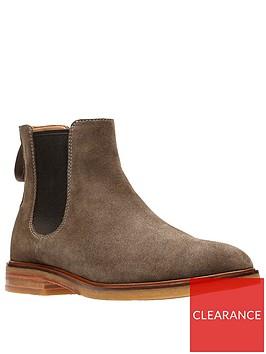 clarks-clarkdale-gobi-suede-chelsea-boots-olivenbsp