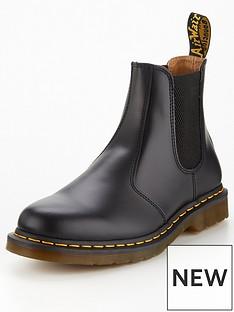 dr-martens-2976-chelsea-boots-black