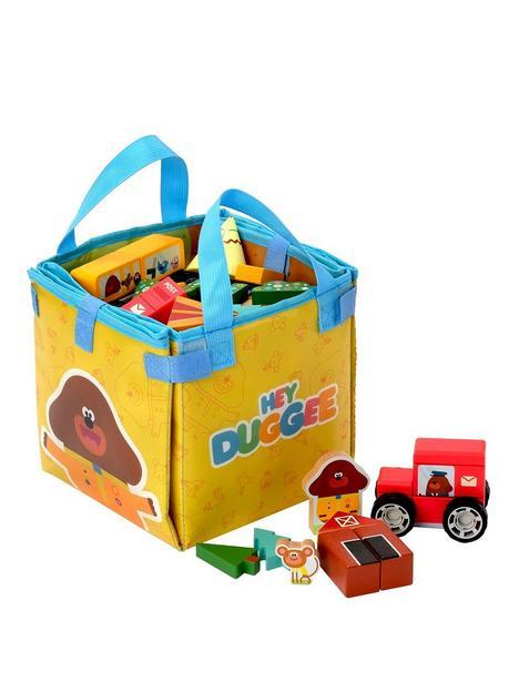 hey-duggee-hey-duggee-play-set-with-vehicles-and-bag
