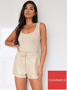 missguided-missguided-faux-leather-elasticated-waist-shorts-stone
