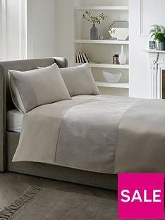 bailey-pinsonic-duvet-cover-set-silver
