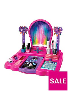 boxy-girls-crazy-lights-8-in-1-nail-design-studio