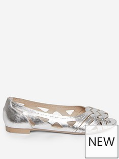 dorothy-perkins-flat-pumps-silver
