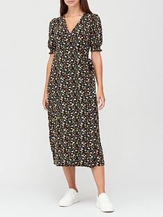 v-by-very-printed-wrap-midaxinbspdress-blackfloral