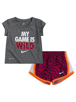 Nike Younger Girls Dri-Fit Short Sleeve T-Shirt And Tempullover Shorts 2 Piece Set - Purple