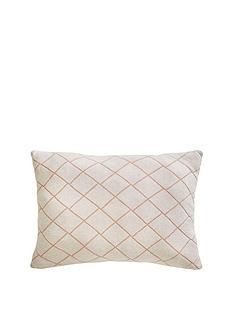 tess-daly-diamond-knit-cushion