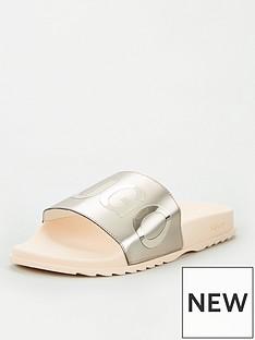 hugo-metallic-sliders-pink