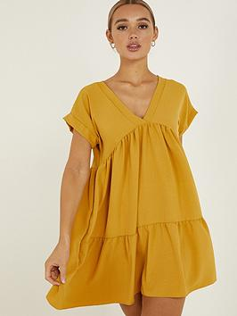 quiz-v-neck-short-sleeve-tiered-smock-dress-mustard