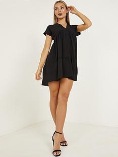 quiz-quiz-black-v-neck-short-sleeve-tiered-smock-dress