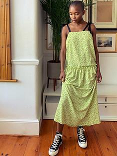 topshop-ditsy-cami-dress-lime