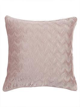 velvet-wave-cushion-pink