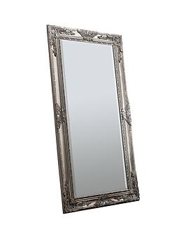 Product photograph showing Gallery Hampshire Silver Leaner Mirror