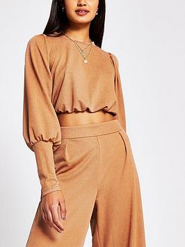 river-island-cropped-blouson-sleeve-jersey-top-tan
