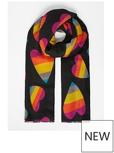 accessorize-love-heart-blanket