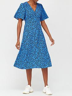 v-by-very-printed-tea-midi-dress-blue