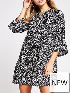 river-island-frill-sleeve-floral-jersey-smock-dress-black